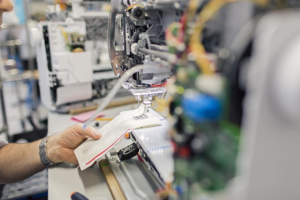 werkplaats naaimachine lockmachine borduurmachine